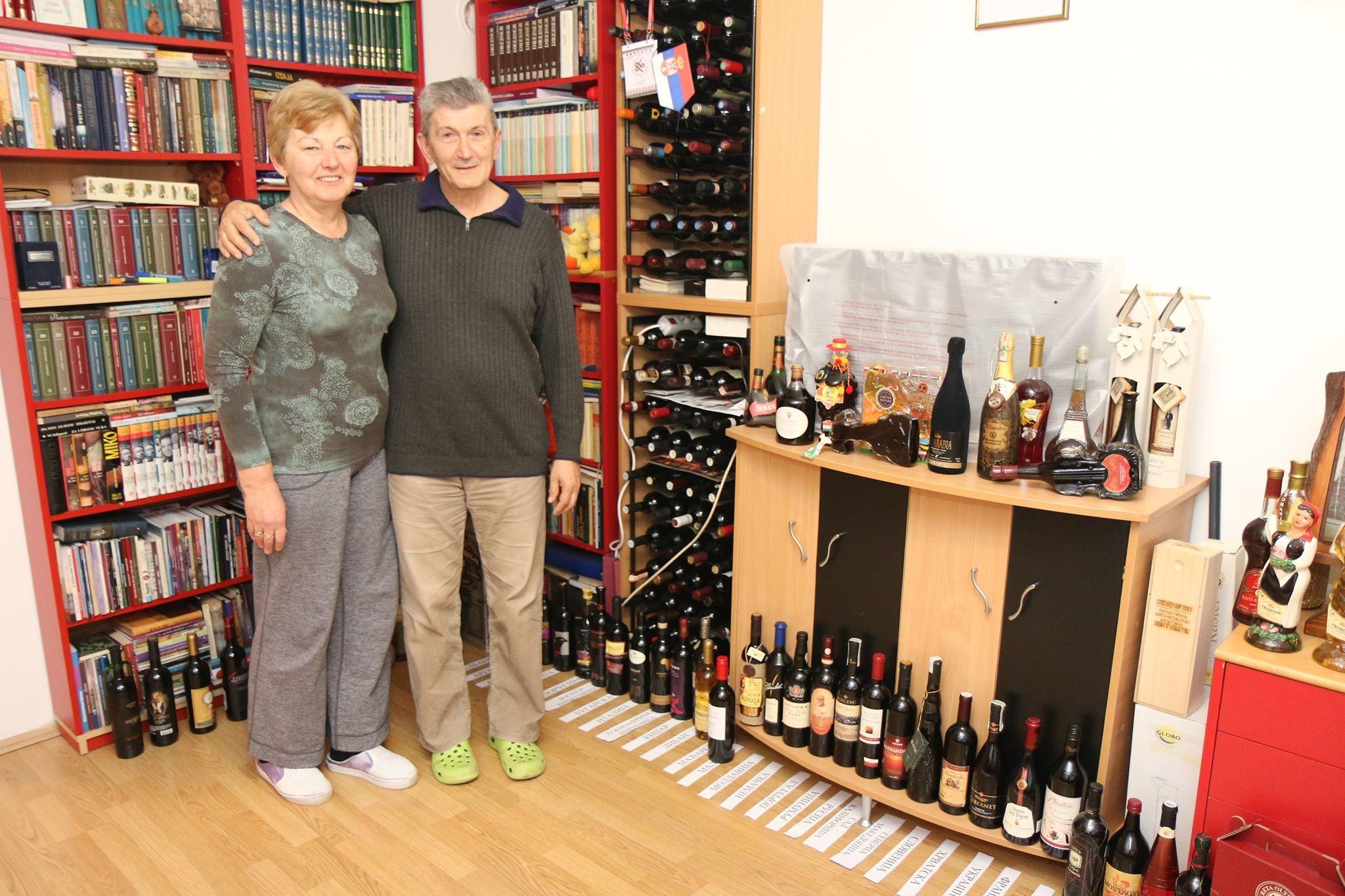 Žitištani kolekcionari flaša vina i neobičnih flaša