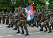 Dobrovoljno služenje vojnog roka sa oružjem