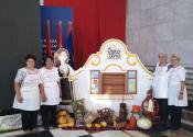 Donatorski fruštuk: Članice udruženja ''Vredne ruke'' predstavile svoje rukotvorine